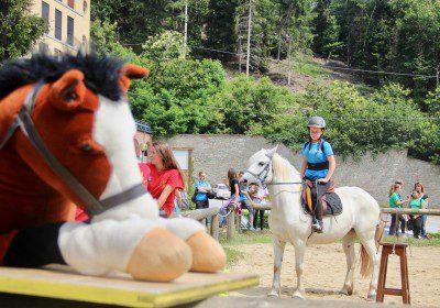 (Italiano) Club dei Giovani: l'equitazione come sport e gioco