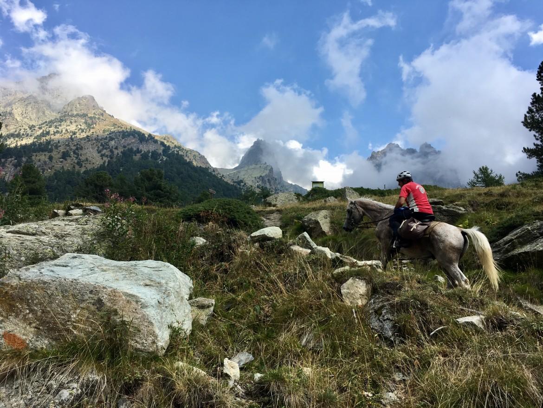(Italiano) Monviso-Queyras – Ai piedi del Re di Pietra